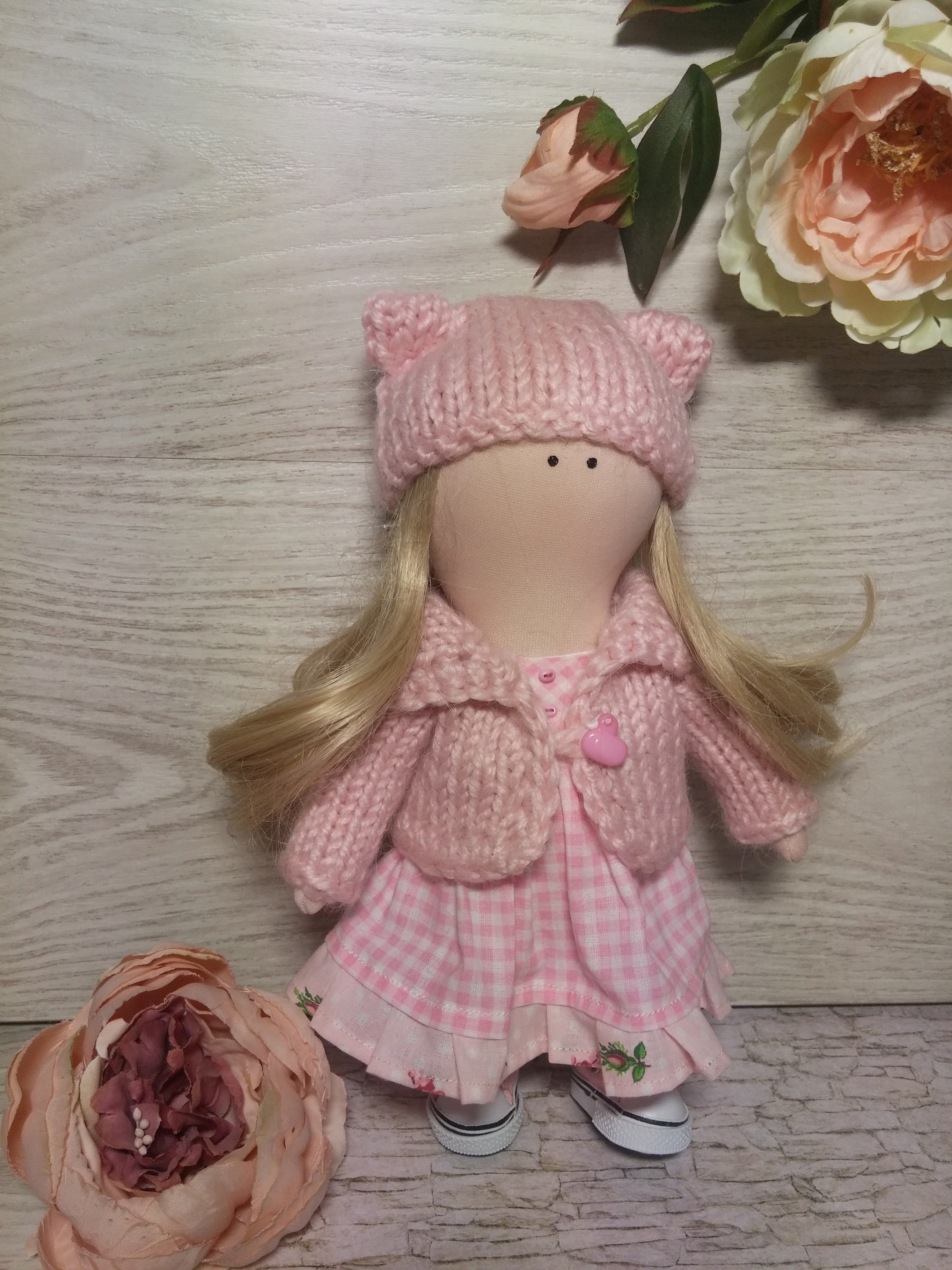 Как сшить платье для интерьерной куклы