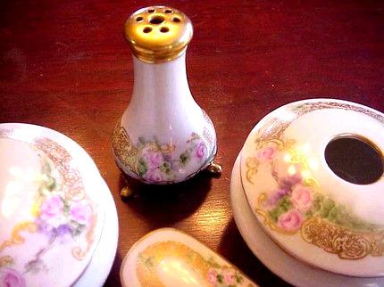 Antique Dresser Set Exquisite Handpainted Roses
