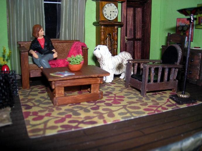 Mission Style Chair in Half Inch Dollhouse Scale