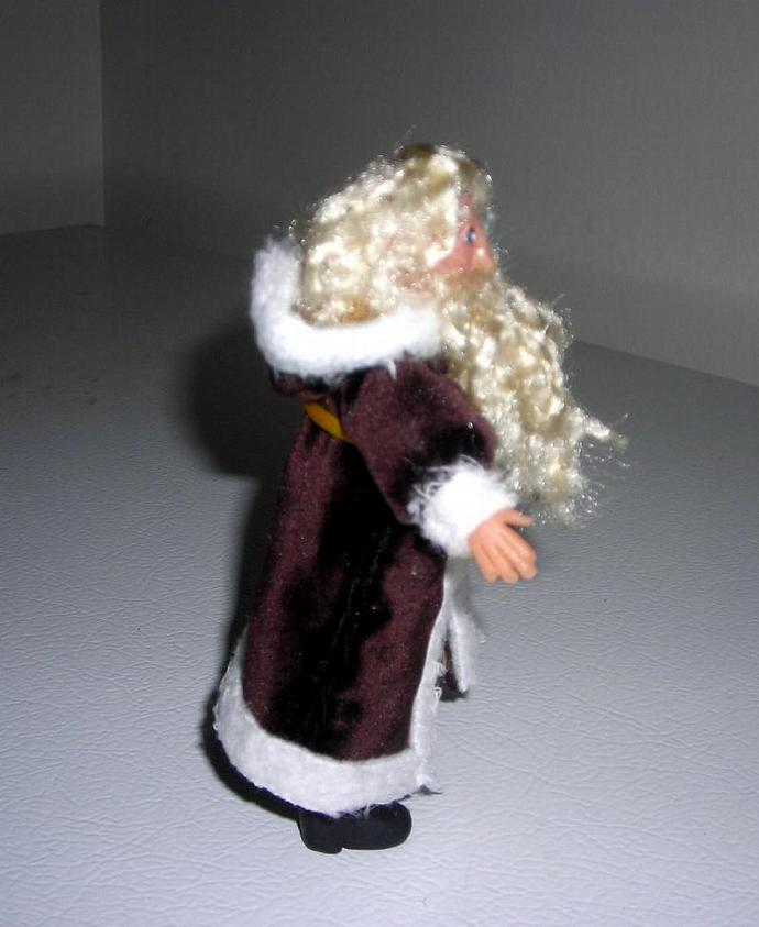 Victorian Saint Nicholas in One Inch Scale