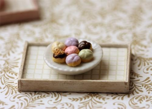 Dollhouse Miniature 1/12 Scale Assorted Profiteroles