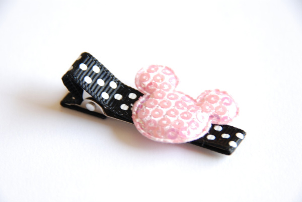 PINK SUGAR SHOPPE- Pink Mouse Head Clippie