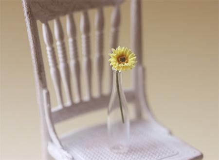 Dollhouse Miniature 1/12 Scale Yellow Gerbera Daisy