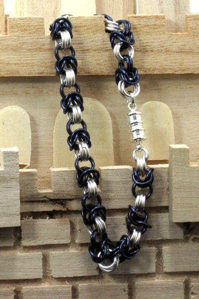 Midnight and Stars Chainmaille Bracelet