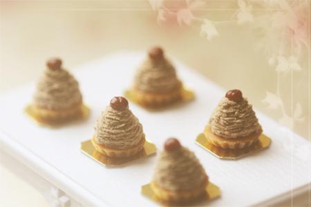 Dollhouse Miniature 1:12 Scale Mont Blanc Dessert