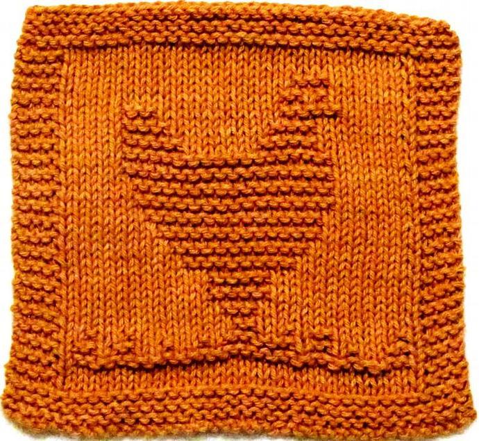 Knitting Cloth Pattern -  CHICKEN - PDF