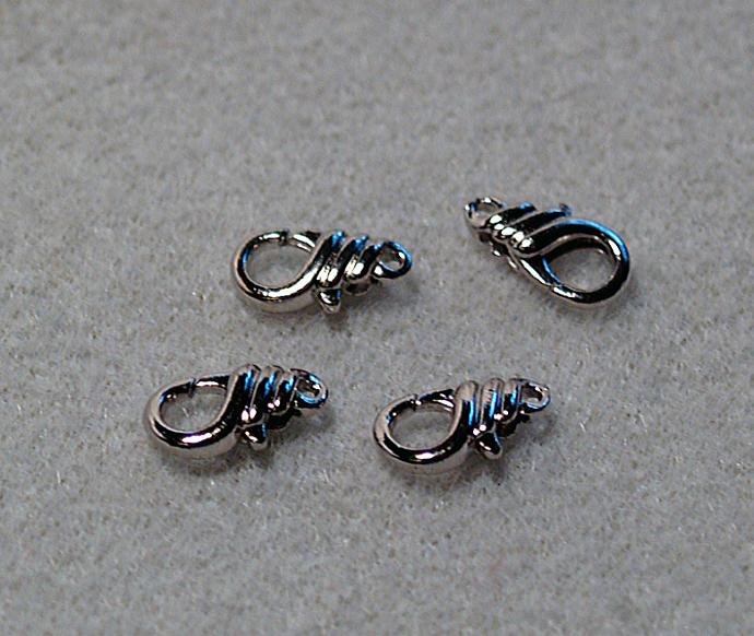 Fancy Lobster Claw Clasp w/Silver Finish