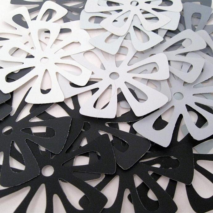 Arts and Crafts Flower Embellishment set of 21 in Black White Gray
