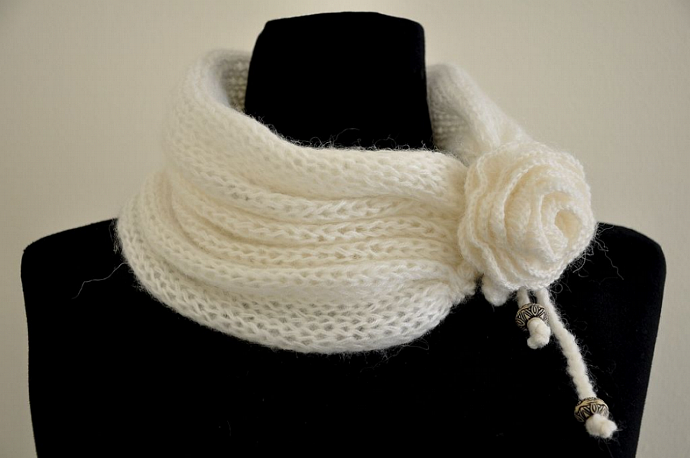 Cozy and Warm Knit Mohair Cowl - White