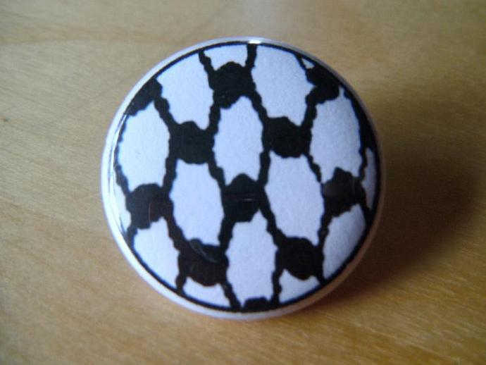 Keffiyeh/Kufiya Button Pin