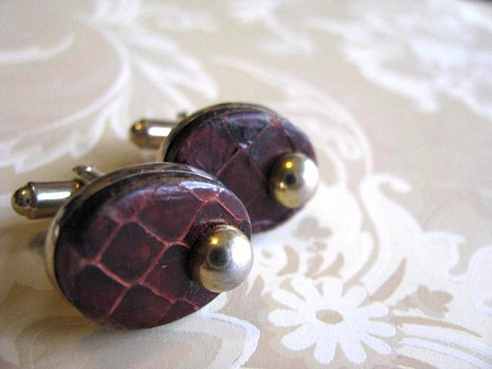 Leather and Gold Cuff Links 1970 Vintage Hickok Links for Ladies or Gents