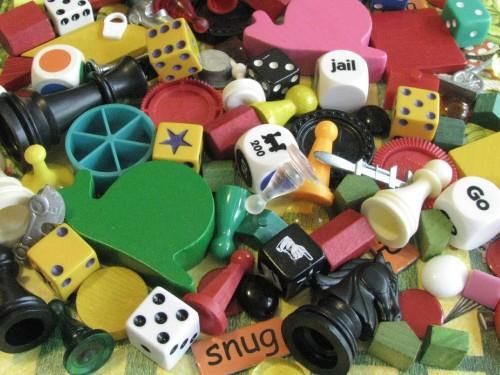 Game Tokens 25-Piece Vintage Variety Assortment