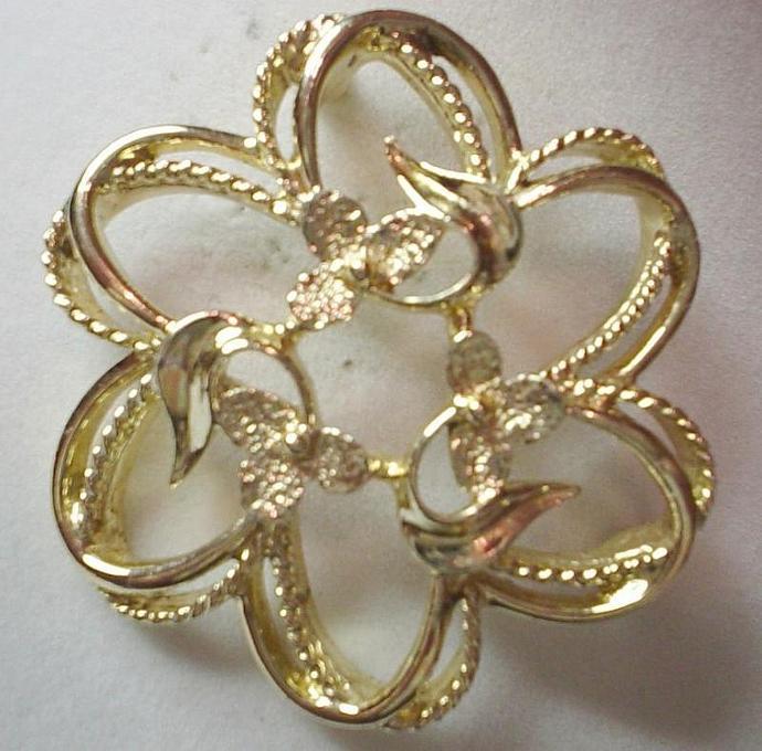 Vintage Sarah Conventry Fleurette Brooch Lapel Pin