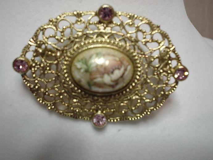 Vintage Enamel MOP Filigree Brooch Lapel Pin