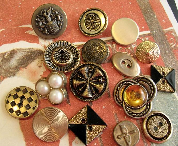 16 Vintage and Antique Gold Tone Metal Buttons