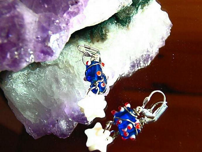 Stars and Dots wire wrapped earrings silver lever back