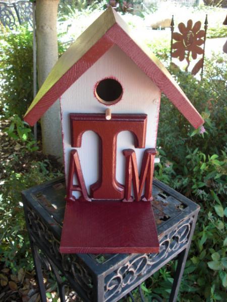 Birdhouse - Texas A&M University