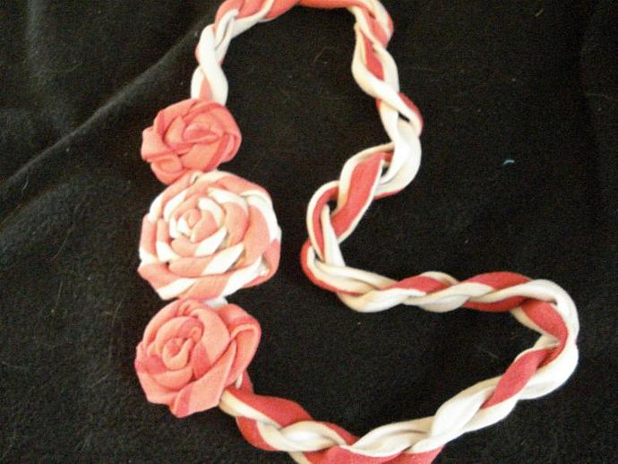 Stripped Jersey Rosette Necklace