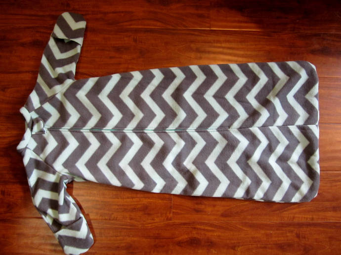 """Up to 36"""" chevron print fleece sleep sack, with knit cuffs or hand covers."""