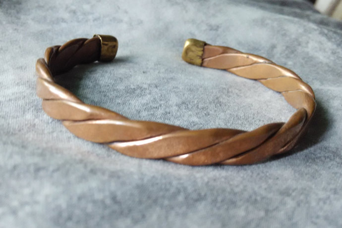 Copper Twisted cuff Bracelet- Traditional - hand crafted - cuff bracelet - solid
