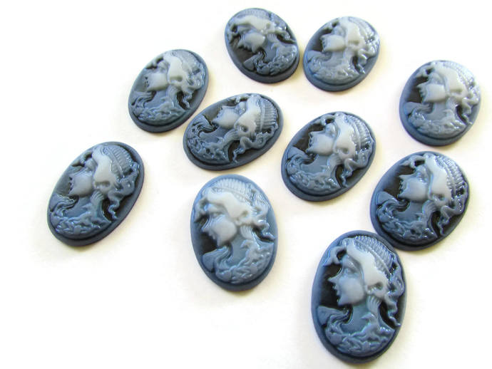 10 25mm x 18mm Black and Blue Cameo Cabochons Woman Face Cameo Cabs Resin