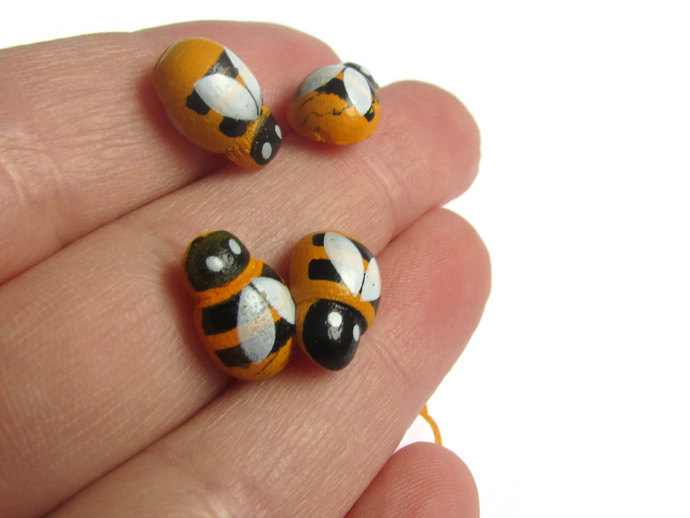 Wooden Bee Cabochons Bumblebee Cabs Flat Back Cabochons Adhesive Cabochons Bee