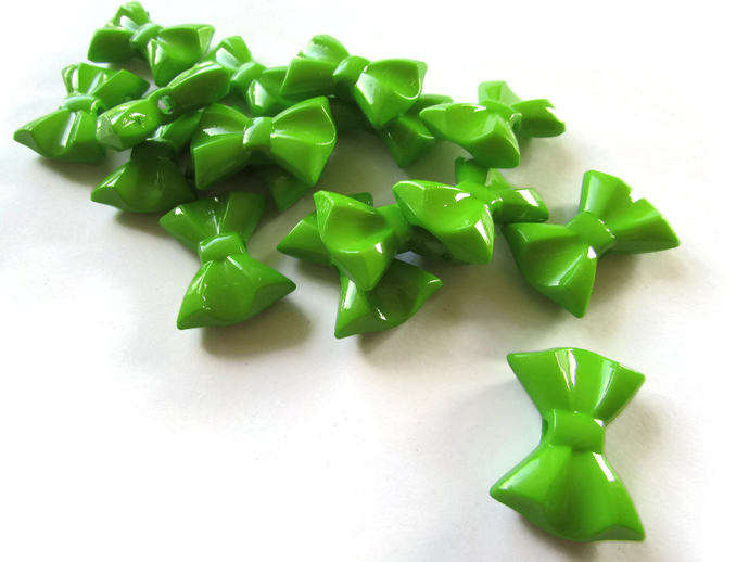 16 Green Bow Beads 26mm Beads Bow Knot Beads Plastic Beads Big Beads Decorative