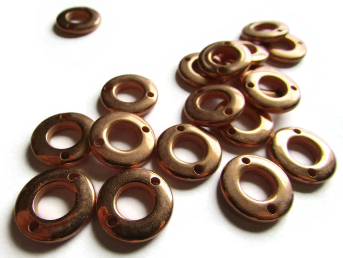 18 15mm Vintage Red Copper Beads Round Donut Beads Copper Plated Plastic Beads