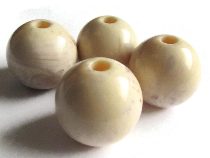6 24mm Large Cream Swirl Beads Round Beads Vintage Lucite Beads Large Hole Beads