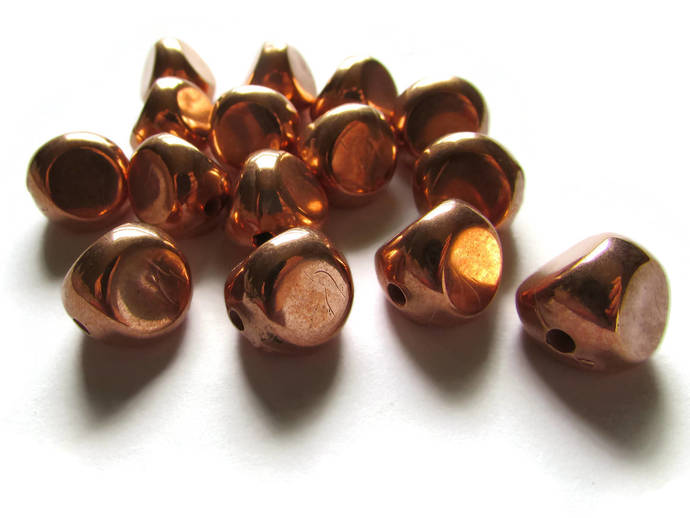 15 14mm Vintage Red Copper Beads Triangle Beads Copper Plated Plastic Beads