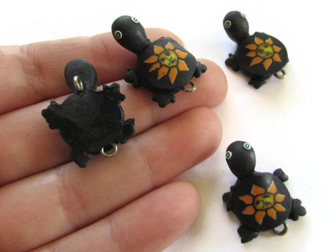 4 Black Turtles with Sun on the Shell Turtle Charms Tortoise Links Beads Jewelry