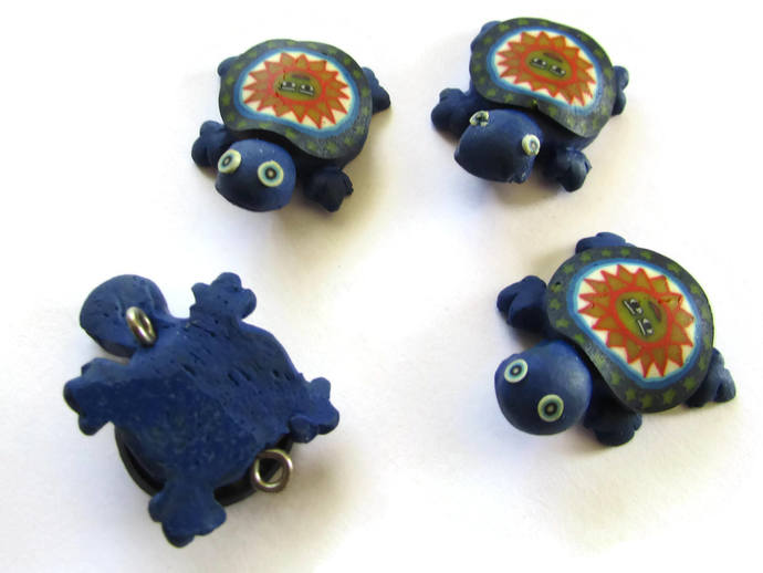 4 Blue Turtles with Sun on the Shell Turtle Charms Tortoise Links Beads Jewelry