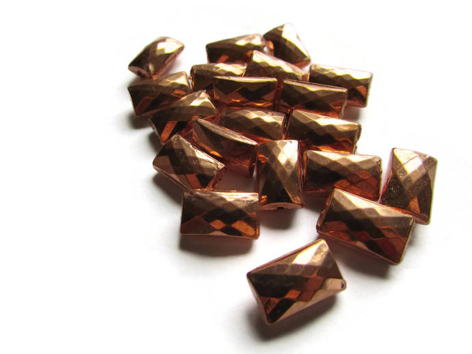 20 14mm Vintage Red Copper Beads Faceted Rectangle Beads Copper Plated Plastic