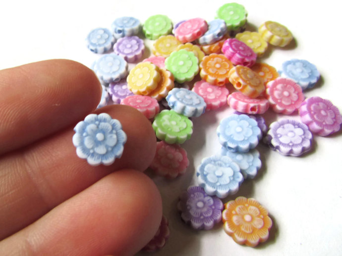 100 Assorted Color Beads 10mm Flower Beads Plastic Coin Beads