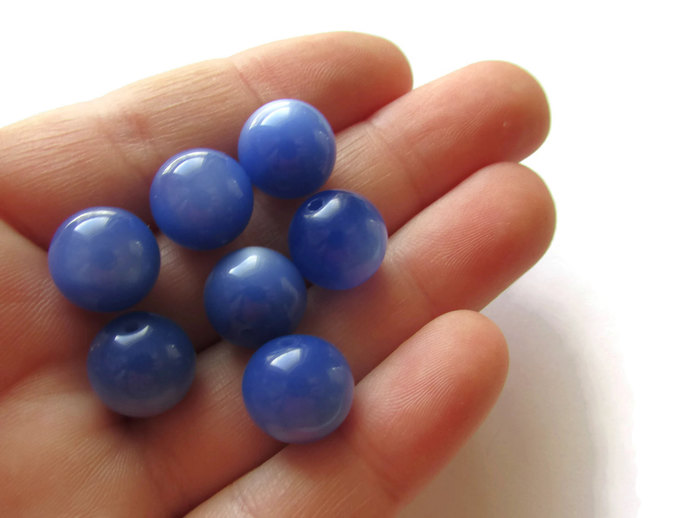 13 12mm Round Blue Beads Vintage Moonglow Lucite Beads Old New Stock Jewelry