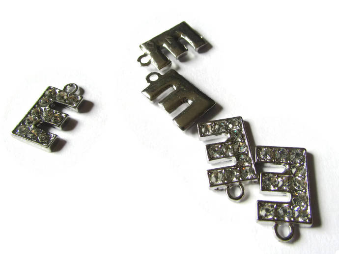 5 E Rhinestone Charms Silver Beads Letter Beads Symbol Beads Letter E Charms