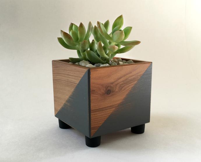 Reclaimed Wood Minimalist Succulent Planter Pot
