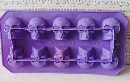SILICONE RUBBER Skull TRAYS--Flexible Molds For Ice-Jello-Chocolate-Soaps-Wax