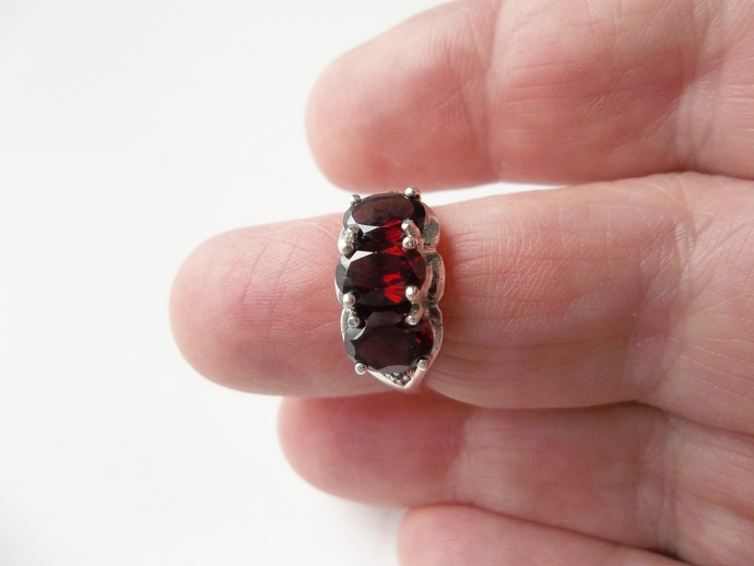 Red Garnet and White Topaz, size 6 Ring, Promise Ring, Trilogy Engagement Ring,