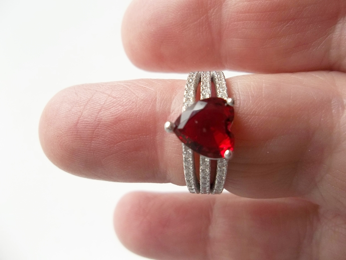 Ruby Heart Ring, Valentine gift, Engagement Ring, size 7, July Birthstone, Ruby