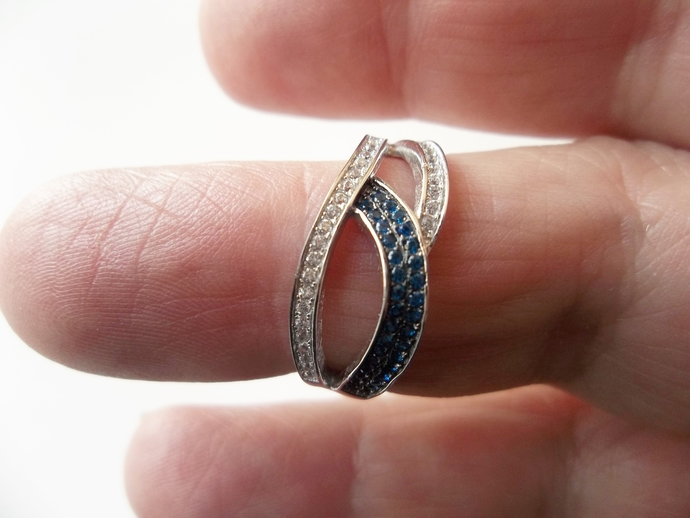 2ct  Blue Sapphire And White Topaz Ring, High End Ring, Sapphire Band, Halo
