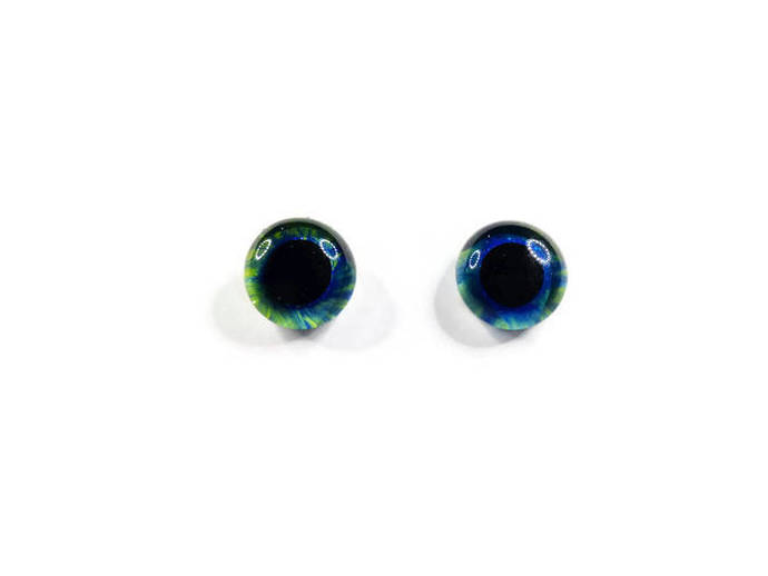 16mm German Glass Eyes Hand Painted Colour: Saphhire & Green Uses: Teddy Bear,