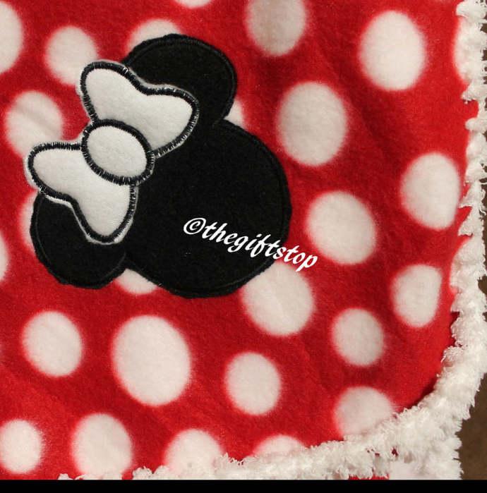 Minnie Polka Dot Fleece Blanket