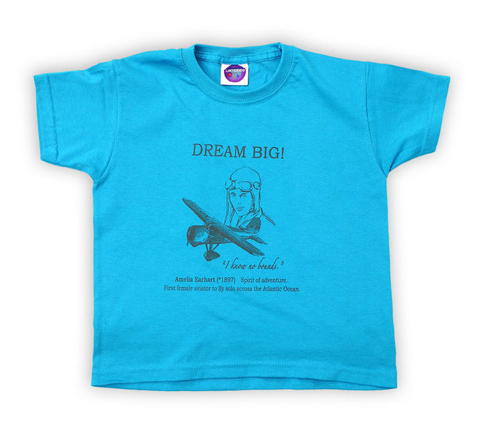 """Kids T-Shirt DREAM BIG Amelia Earhart """"I know no bounds"""" in many colours"""