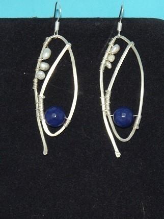 Hand CraftedTuxedo Design Earrings