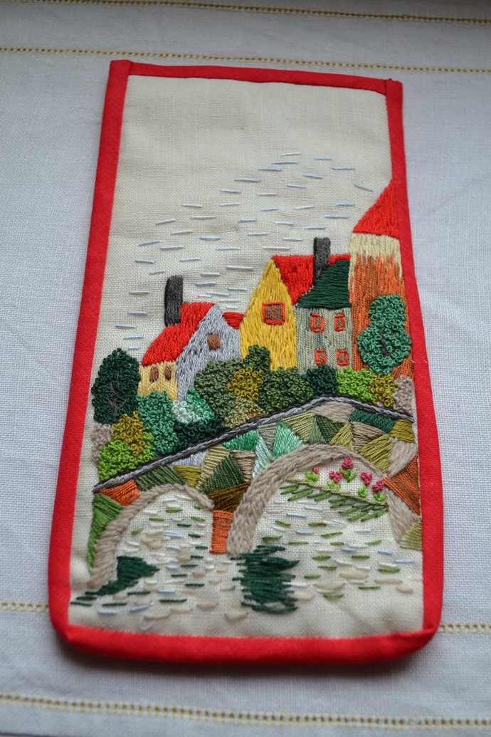Embroidered Specs / Phone Holder – Village Scenery