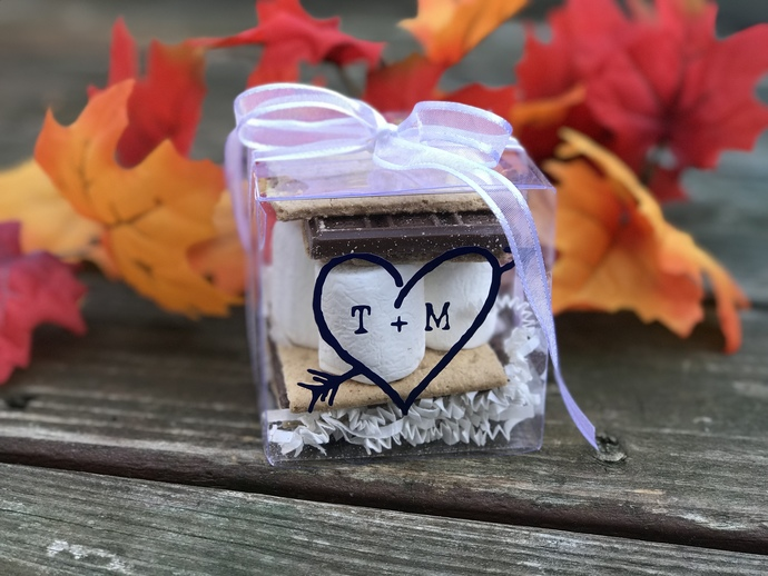 Set of 100 Personalized Smores / Treat Wedding Favor Boxes