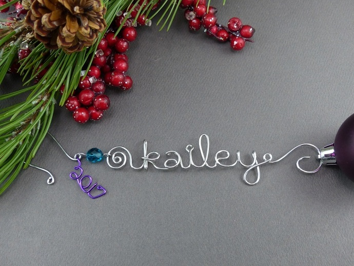 Name Christmas Ornament - 2017  - Personalized Ornament Hanger - Wire Christmas