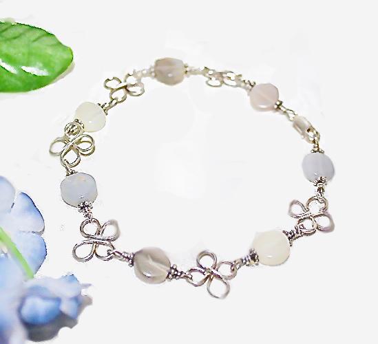 Lucky Clover Moons Glow Bracelet