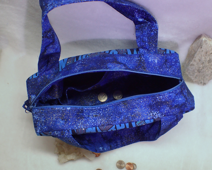 blue Whovain purse with the famous TARDIS and space fabric, Zippered Handbag